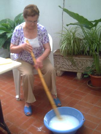 paquita-stirring-soap
